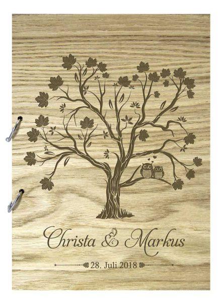 Rustikales Gästebuch aus Holz zur Hochzeit personalisiert Eulen