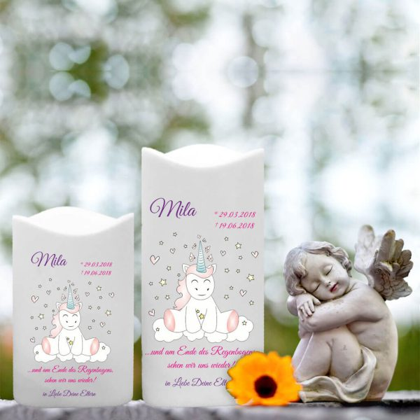 LED Kunststoff Kerze Weiß für Sternenkind Einhorn Cutie sitzend von vorne