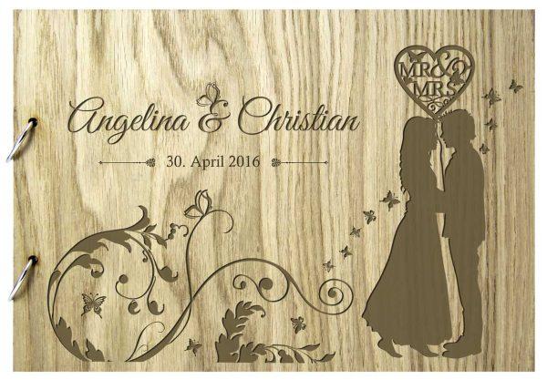Rustikales Gästebuch aus Holz zur Hochzeit personalisiert mit Hochzeitspaar